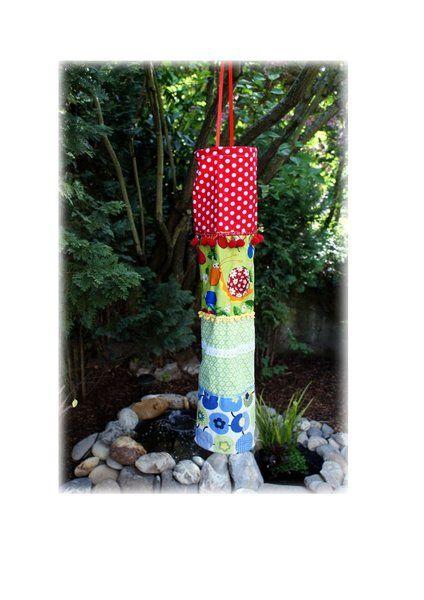 Windsack Windspiel Windsocke XL von  Feludara-Design www.dawanda.de/shop/feludara-design .  Der Windsack wurde von mir entworfen/gefertigt und ist mit einer Tasche für eine batteriebetriebene Lichterkette versehen.