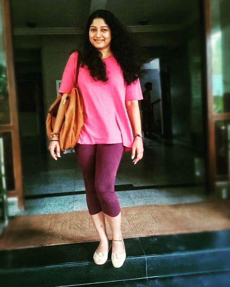 Pin On Fashion Beauty: Fashion, Desi Beauty, Style