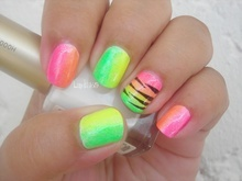 NAILS!: Without Colors, Gradient Nailart, Nails Art Galleries, Beautiful Nails, Neon Zebras, Nails Ideas, Fashion Nailsart, Neon Nails, Nailart Beautiful