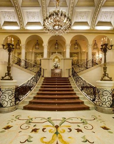 Elegant residences luxury homes mega mansions luxury for Mansion foyer designs