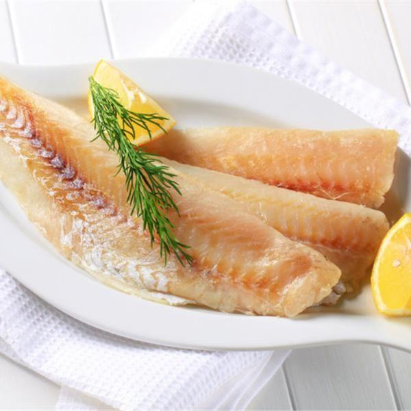 Γλώσσα με σάλτσα λεμονιού
