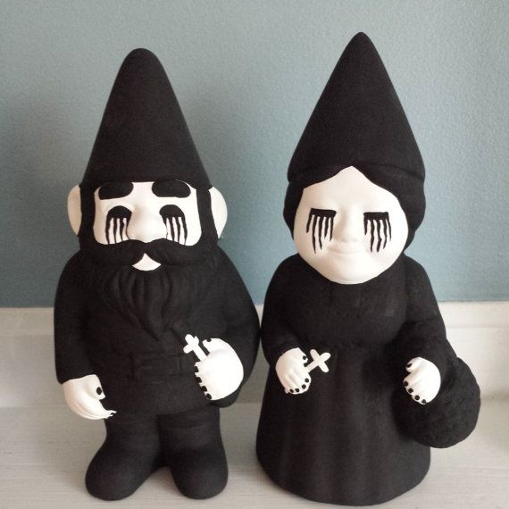 Goth garden gnomes | I hate garden gnomes, though, these I wouldn't mind