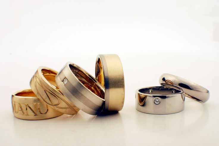 wedding bands in yellow gold , white gold and platinum by seventysixdesign. custom made Jewellery