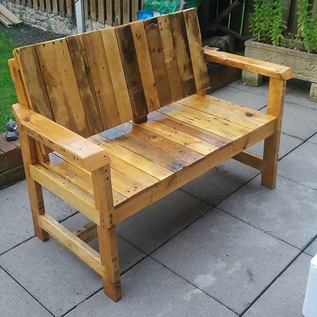 Best 25+ Pallet benches ideas on Pinterest | Pallet bench ...