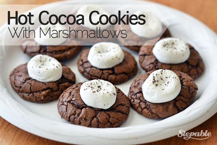 Hot Cocoa Cookies with Marshmallows @stepable #recipes  Ma version en grammes (pâte plus liquide) : 115g beurre 1/2 sel 200g de choc à patisser 100g de pépites ou chunk 200g de sucre 3 oeufs OU 2 oeufs et une cuillerée de cream cheese (pref) 30g de cacao amer 140g de farine 1 cuillerée a café de levure un peu d'extrait de vanille