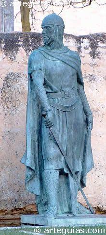 Estatua del Cid en su localidad natal: Vivar, en la provincia de Burgos  Después de diez años de fiel vasallaje, el Cid vio su oportunidad cuando en la primavera de 1081 se decide a liderar una campaña militar en torno a las tierras de Gormaz, que habían sido atacadas por sorpresa por musulmanes procedentes de la taifa de Toledo