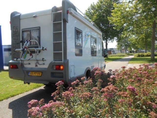 Knaus 640 MH frans bed hefbed uit 1998 te koop op CampersCaravans.nl