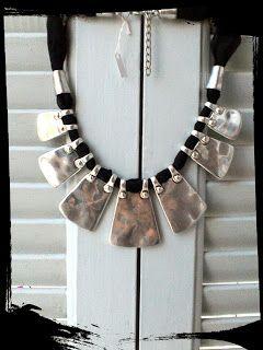 Zoe - scarves: necklaces