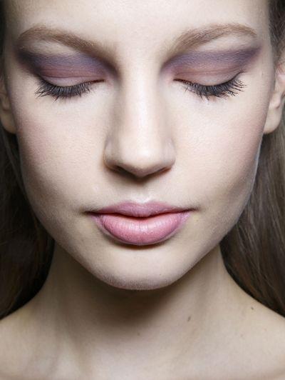 Paarse oogschaduw @ Elie Saab Haute Couture s/s 2014