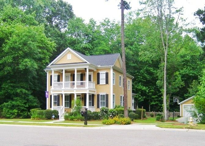 103 Bo Barry Lane Summerville Sc 29483 Renting A House Summerville House Styles