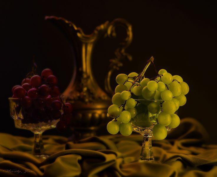 Photo С зелёным виноградом. by Wasiliy Yaroslavtcev on 500px