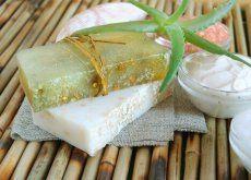 Hur du gör en återfuktande tvål med aloe vera