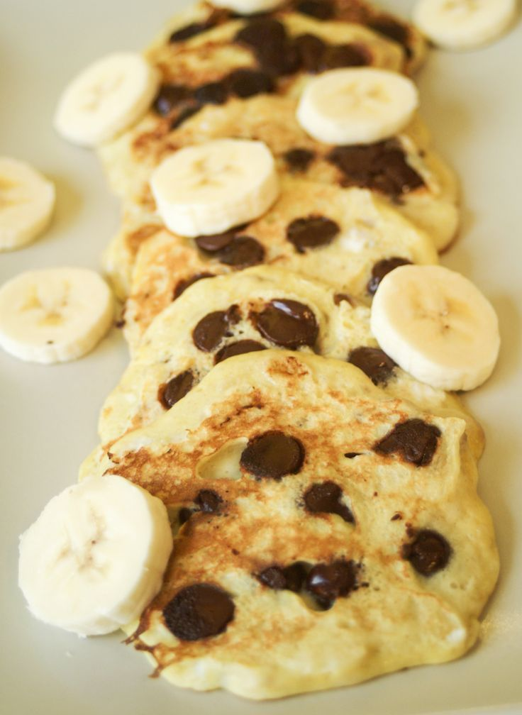 3 Ingredient Paleo Pancakes - I have to say it is just a delish as any pancake I have ever eaten, and it's gluten free, low calorie and one of the main ingredients, is a fruit!! Just 150 calories per serving, this makes a wonderful breakfast or dessert. Click here for more healthy, delicious recipes from The Cave Woman. http://www.goingcavewoman.com/3-ingredient-paleo-pancakes #Paleo #Pancakes