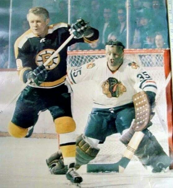 Tony Esposito with Johnny Mackenzie (my hero next to Bobby Orr) trying to make the tip in