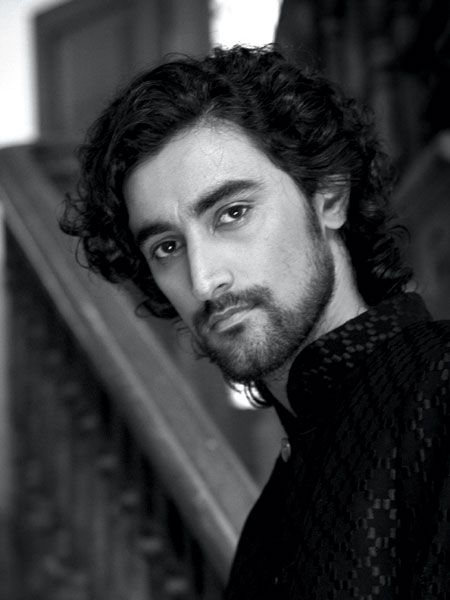 Kunal Kapoor, Indian actor & producer, b. 1977