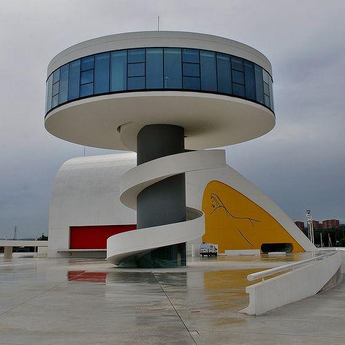 64 Centro Cultural Internacional Oscar Niemeyer Auditorio y Torre 443   por javier1949