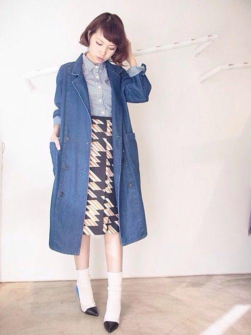 中に着る物もレトロに可愛く。カジュアルなデニムコートコーデ♪冬のファッションアイテム デニムコート コーデを集めました♪