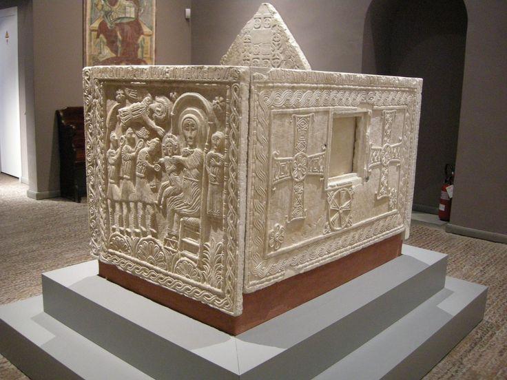 Altare del duca Rachis, pietra d'Istria, 737-744. Cividale del Friuli, Museo Cristiano.