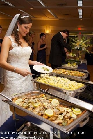 i will definetely be having a buffet at my wedding, so much easier, and everyone loves having a choice and variety