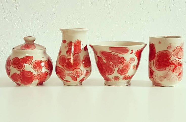 """25 kedvelés, 3 hozzászólás – Ceramiss Ceramic (@ceramiss) Instagram-hozzászólása: """"Piros kollekció #ceramics #handmade #kerámia #tableware #handmadeceramics #pottery #red…"""""""