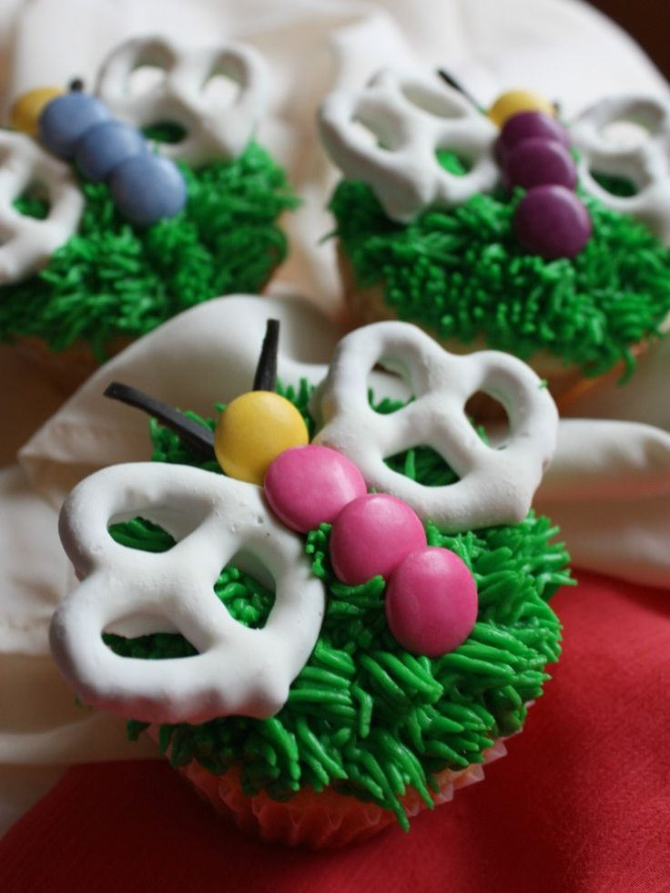 Vanilla Butterfly Cupcakes Recipe (all it needs is some colored sugar or sprinkles on the wings!)