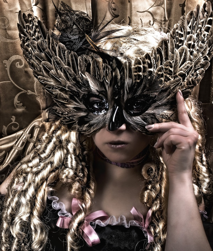 mascara emplumada Masked Pinterest