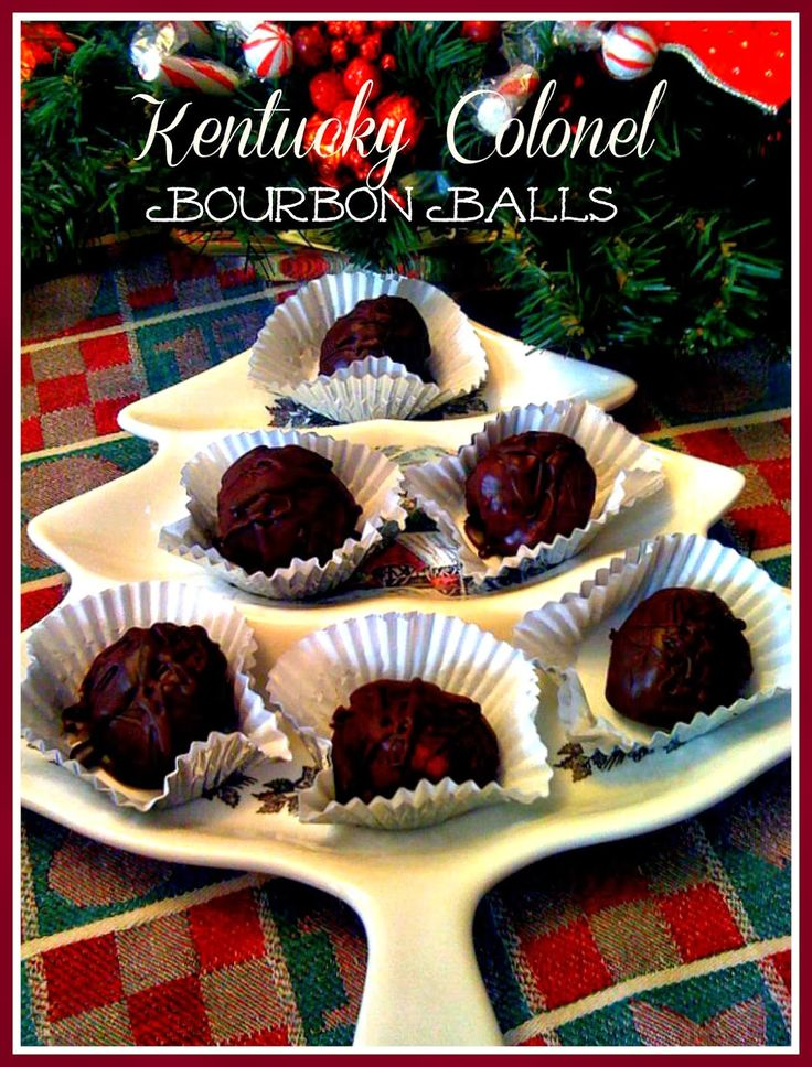 Sweet Tea and Cornbread: Evelyn's Kentucky Colonel Bourbon Balls!