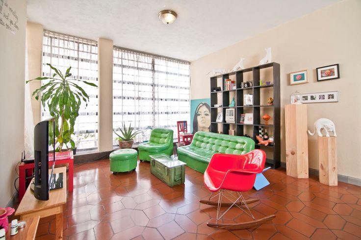 25 beste idee n over moderne appartementen op pinterest platte schoen appartementontwerp en - Deco moderne ouderlijke kamer ...