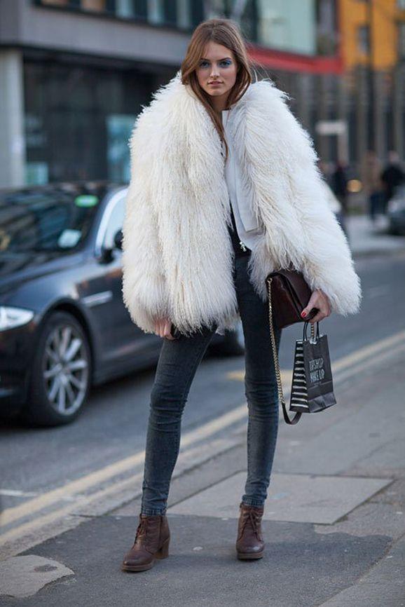 Fur jacket + skinny jeans