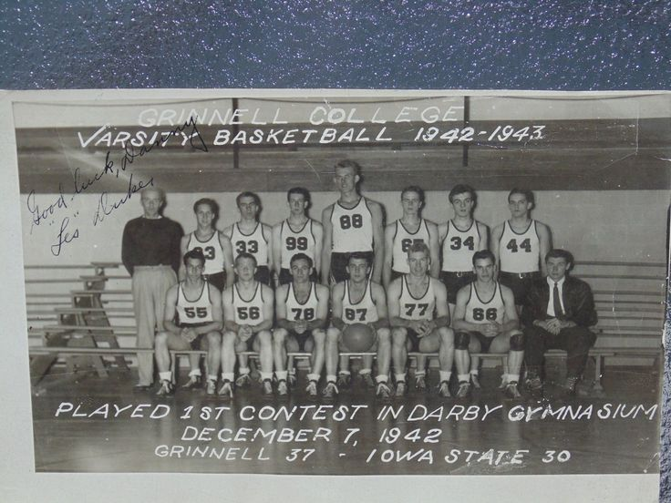 RARE VINTAGE GRINNELL COLLEGE IOWA STATE 1942-1943 BASKETBALL PHOTO PICTURE