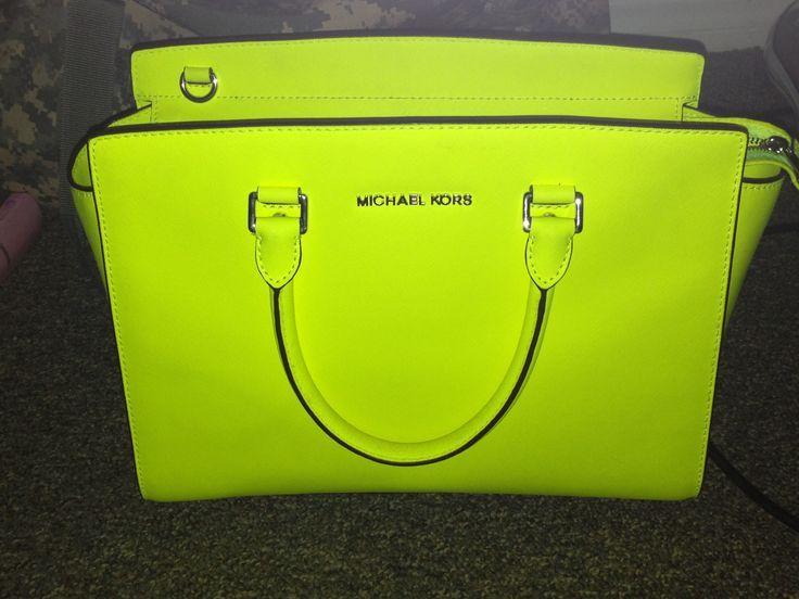 a9b615f21203 michael kors lime green purse
