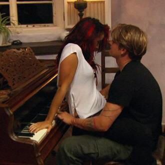 are cara maria and abram still dating