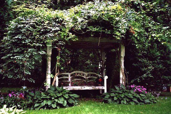 27 Magical Secret Garden Designs