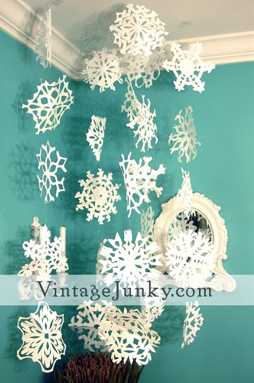 snowflake cutting guide