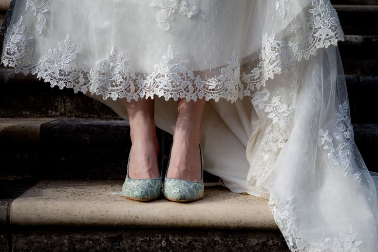 Loving the contrast of the blue and white… #bride #prettyfeet #weddingshoes #beautifuldetail #weddingphotography #brentjonesphotography