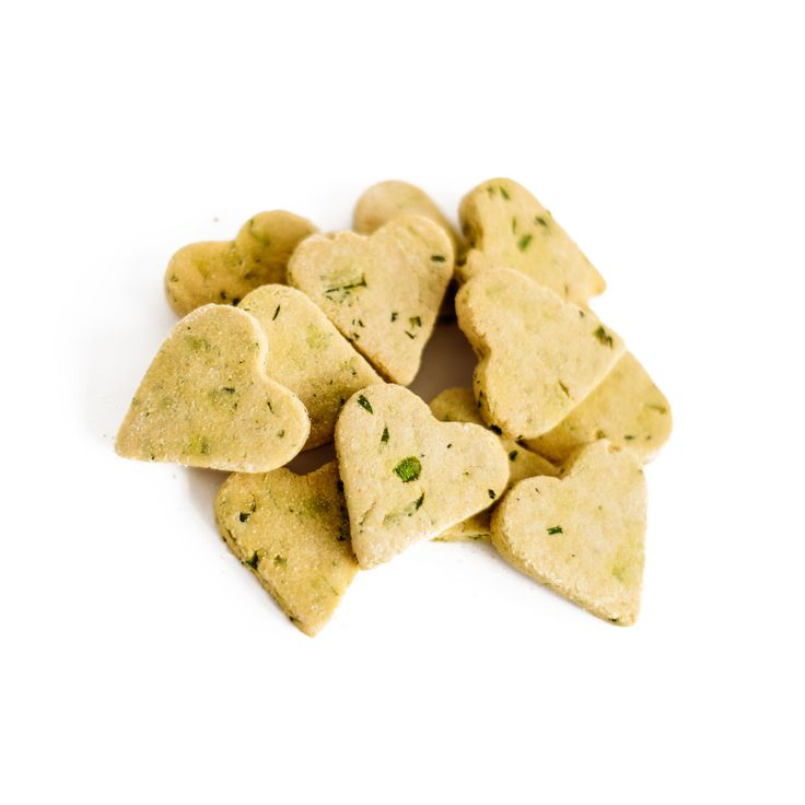 Crispy Mints. Freshen your pups breath with these treats! #fresh #breath #Treats #dog