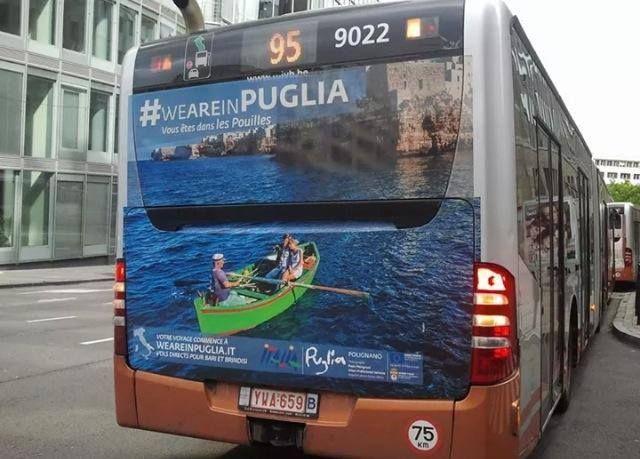 Polignano a Mare anche a sui bus di Bruxelles   #weareinpuglia #amarepolignano   Foto di G. Serio  Thanks @First Name Last Name a Mare ;)
