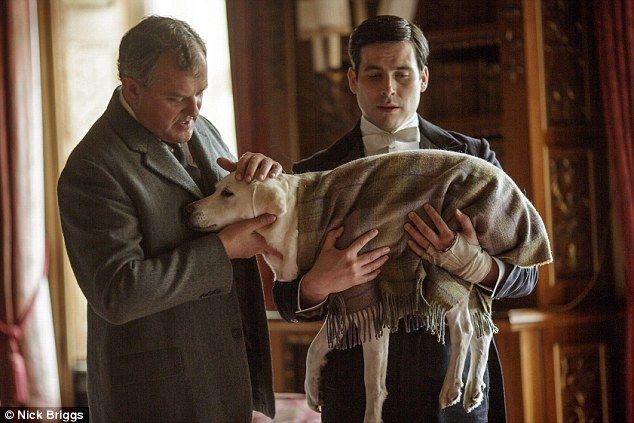 Downton Abbey series 5 episode 7 preview | Robert & Thomas Barrow with poor Isis