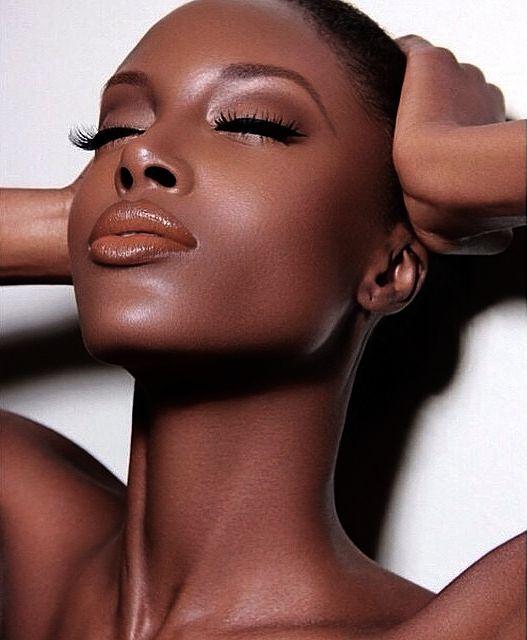 Crystal Black Fashion Models : Photo