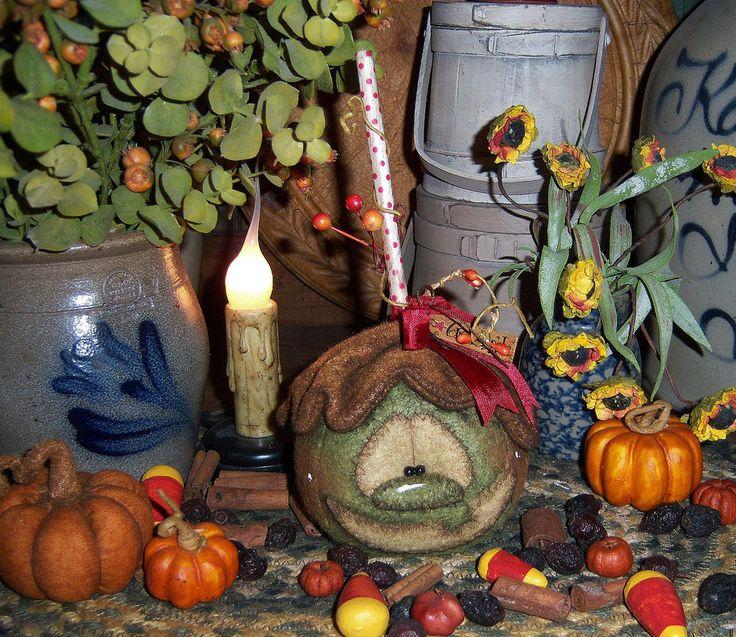 "Primitive Halloween Candy Caramel Fall Grn Apple 7"" Doll Ornie Patti's Ratties"
