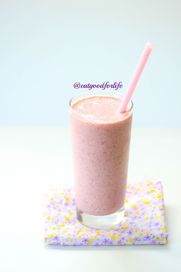 Eat Good 4 Life Strawberry coconut smoothie