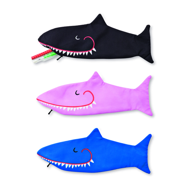 Τα μολύβια τα έφαγε ο Καρχαρίας!