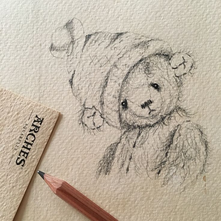 Drawing of an artist teddy bear with pencil