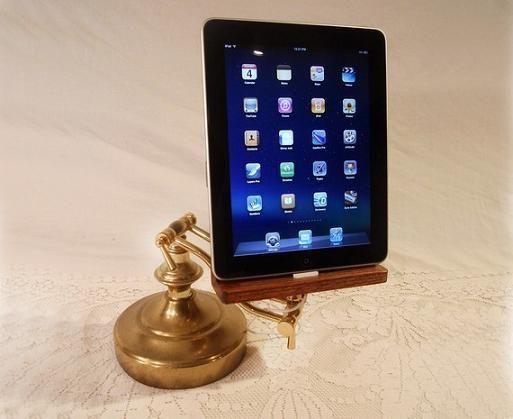 iPad-houder /   iPad holder