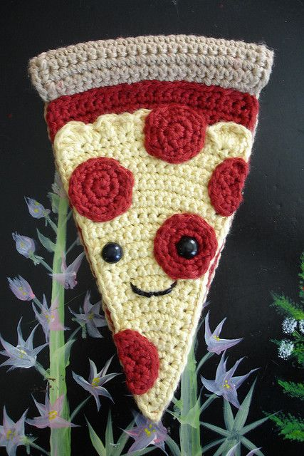 pizza man crochet!! --he's so cute Crochet food