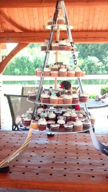 Hockey stick cupcake stand