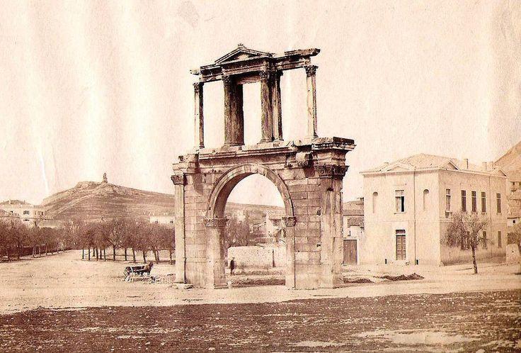 https://flic.kr/p/TMYyGP | Η Πύλη Του Αδριανού | Πέτρος Μωραΐτης, περίπου 1880