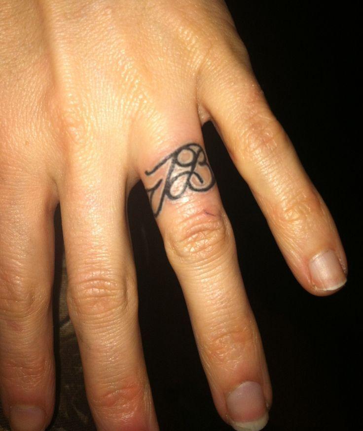 Bildresultat för tatuera vigselring
