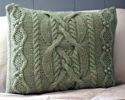 """Милые сердцу штучки: Вязание: """"Диванные подушки"""" (обзор + несколько схем)"""