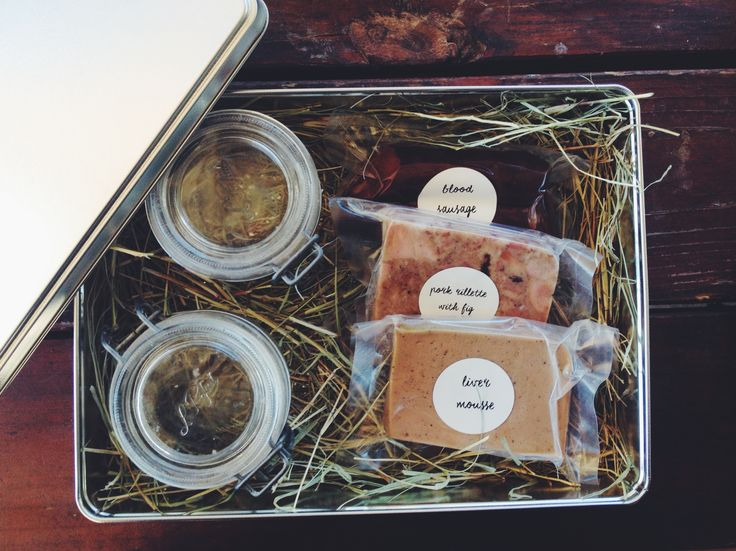 Countryside Farm Charcuterie Gift Box